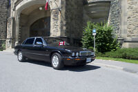 2003 Jaguar XJ8 vanden plas Sedan mint no winters lower price