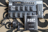 Line 6 Bass Pod XT Live Pro with Gator carry bag