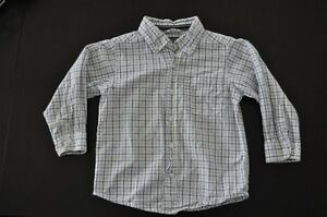 Children's Place boy's dress shirt - like new