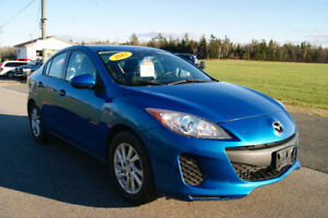 2012 Mazda Mazda3 gs-sky loaded
