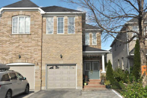 Spacious 3 bed 3 bath House For Rent, Desirable Vaughan Location