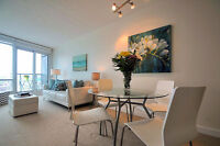 Gorgeous 1+1 Front St Condo, Completely Move-In Ready!!