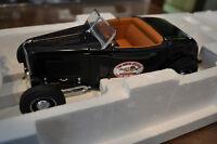 1932 Ford High Boy Deuce 1/18 scale diecast model