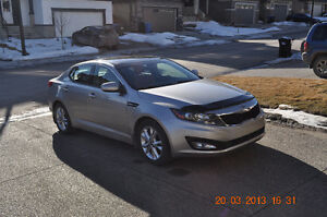 2011 Kia Optima EX-GDI Luxury - EXCELLENT COND - PRICED TO SELL