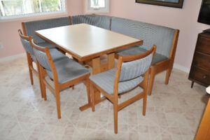 Kitchen/Dinette Table with Bench Seats & 3 Chairs
