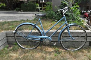 ONLY ONE LEFT-2 antique Raleigh bicycles