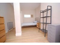 Budget single/twin rooms close to the city centre available 30th July to 12th August