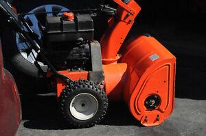Souffleuse Ariens St724 Compact en excellente condition (2009)