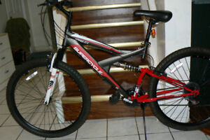 EXTRA LARGE Bike- 27.5 Inch WHEELS- DUAL SHOCKS -Upto 6 Ft 1 In