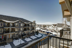 2-STOREY TOWNHOUSE - only $249,900 - Would make a great 1st Home