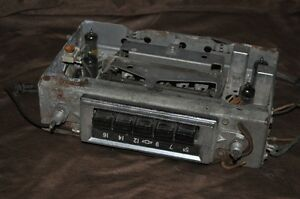 1950's vintage original tube gm car radio