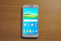 Samsung Galaxy S5 in really good condition need sold asap, OBO