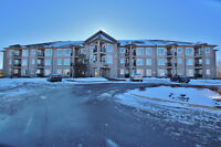 Beautiful 3 bedroom corner unit condo for rent in Kemptville!!