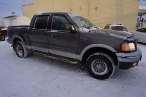 "Ford F-150 SuperCrew 139"" 4WD NEGO 2002"