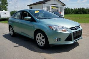 2012 Ford Focus SE 6speed Sedan