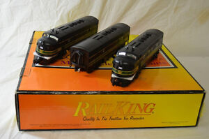LIONEL MTH RailKing O Scale Reading F7 ABBA Locomotive Dummy Set