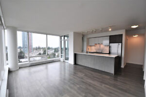 High rise concrete high-end 2 bedroom 2 bathroom located in Metr