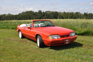 1992 Limited Edition Ford Mustang LX 5.0 Convertible