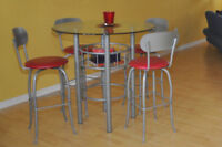 Ensemble Table bistro et 6 tabourets pivotants