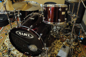 Mapex Saturn Black Cherry With Hardware Excellent