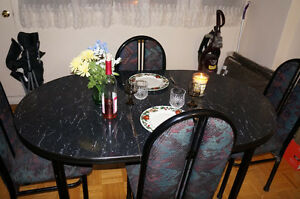 Lovely marbled dining table and 4 chairs! 250 OBO