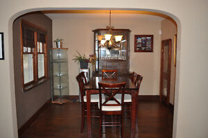 Lovely Character home in Ritchie! Avail. Jan 1 !PRICE REDUCED! Edmonton Edmonton Area image 2