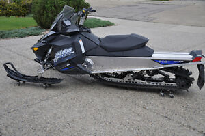 "2011 Summit 600 XP 146"" Track"