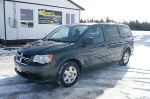 2012 Dodge Caravan so nice mvi Minivan, Van DVD PLAYER