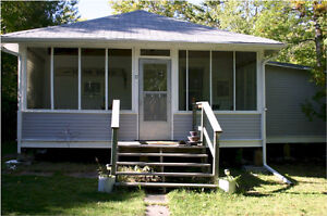 Cottage for sale Grand Marais.17 Central Ave. Not leased land