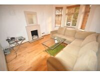 Stunning & spacious 3 bedroom 2 bathrooms huge kitchen/diner wood flooring GCH massive lounge & MORE