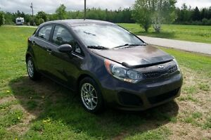 2014 Kia Rio LX Sedan so nice