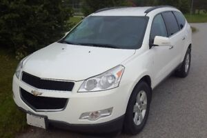 2011 Chevrolet Traverse 1LT SUV, AWD, CERTIFIED - NEW TIRES