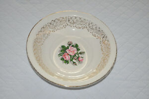 "GEORGIAN CHINA ""TUDOR ROSE"" Cereal/Soup Bowl"