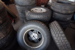 5-JEEP RIMS AND TIRES 245 75 16