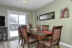 Beautiful 3 Bed 2 bath with Finished Basemnt House For Sale Cambridge Kitchener Area image 3