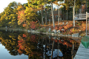 Secluded Lake front cottage 1 hr from Halifax