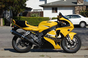 2001 ZX7R yellow Wanted, Contact Me Kitchener / Waterloo Kitchener Area image 1