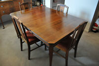 Antique Hepplewhite Influenced Walnut Table & Chairs