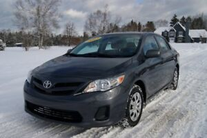 2013 Toyota Corolla CE Loaded! Sunroof!!