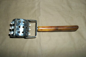 COOKING TOOL Pastry Dough Docker  Perfect For Pies