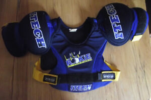 Itech Lil' Rookie Hockey Shoulder Pads Size Youth Small