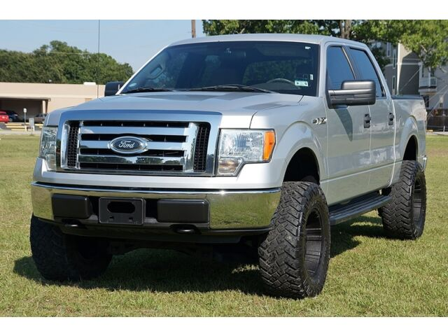 09 ford f150 xlt crew cab 4x4 2 owners accident free xtra clean tx truck lifted used ford f. Black Bedroom Furniture Sets. Home Design Ideas