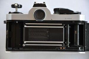 Lichtdichtungen und Spiegeldämpfer erneuern - für analoge Nikon Kameramodelle