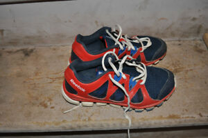 Reebok Shoes Boys 4.5