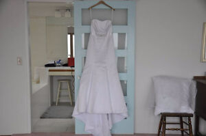 Wedding Dress for Sale Size 8