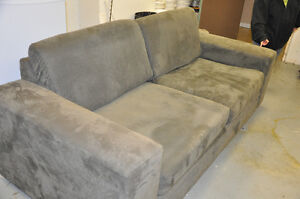 oversize couch London Ontario image 3