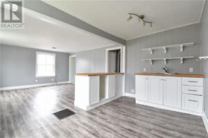 All inclusive 2 Bedroom Apt Downtown Picton