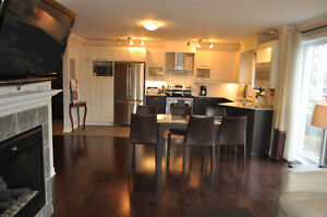 PIERREFONDS - LUXURIOUS CONDO - 2 Bedrooms - Appliances Included West Island Greater Montréal image 2