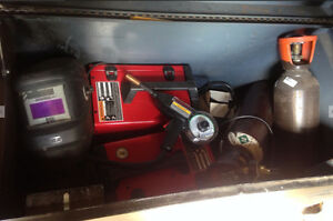 2 soudeuses Lincoln Electric MIG 140 neuves
