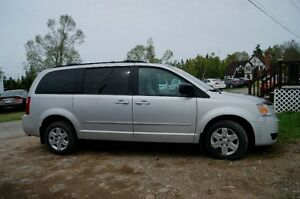 2009 Dodge Caravan SE loaded Minivan, Van
